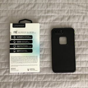 LifeProof Accessories - Lifeproof FRE case for iPhone 8+/7+